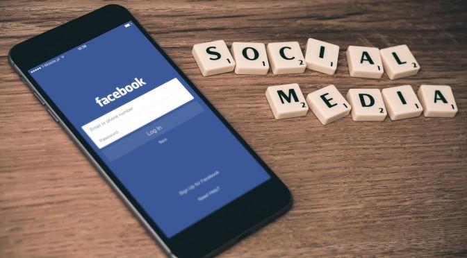 Lansera din reklam- eller företagsfilm på Facebook
